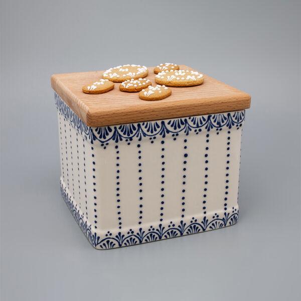 Sütis doboz  irókás